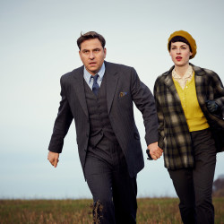 David Walliams (as Tommy Beresford) and Jessica Raine (as Tuppence Beresford) in Agatha Christie's Partners In Crime © 2015 Endor Productions